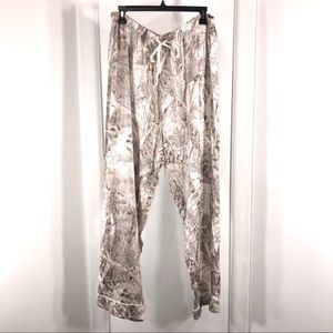 Cabela's Silk Pajama Floral Print Pants, size XL